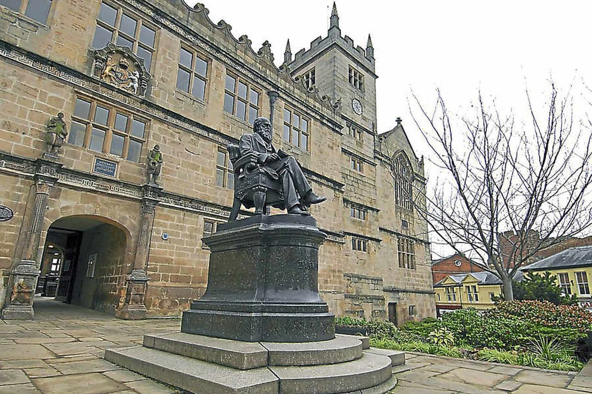 Summer date for town council move into Shrewsbury Library