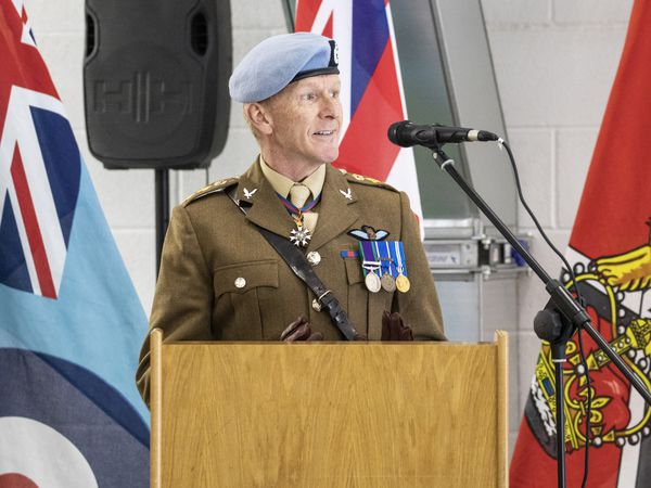 Colonel Tim Peake addresses graduates and guests at the No.1 Flying Training School
