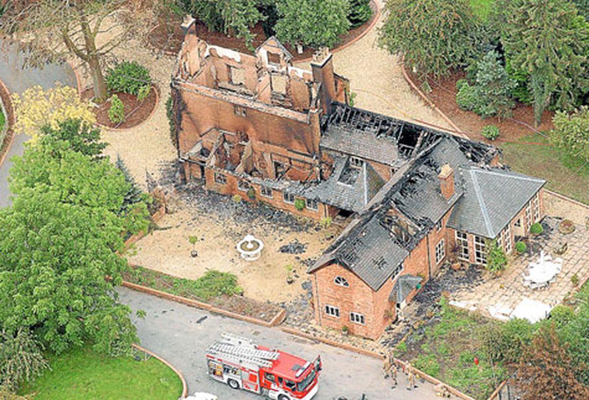Murder mansion Osbaston House's 16-acre site on sale