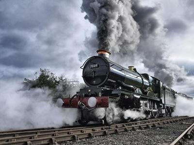 Steam engine to return to mainline network