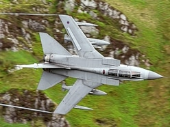 Tornado's farewell lap of Mach Loop