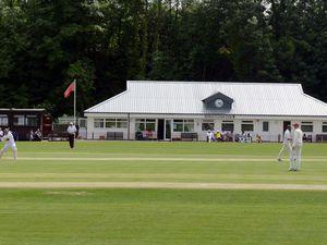 LAST COPYRIGHT SHROPSHIRE STAR PETER FLEMMICH 27/06/15  Shifnal v Eastnor. A sunny day at Shifnal Cricket Club..