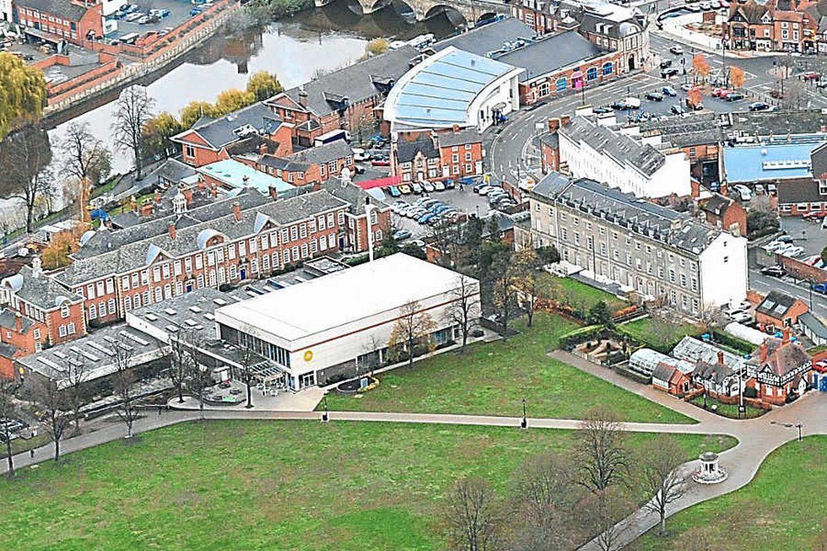 Shrewsbury swimming pool