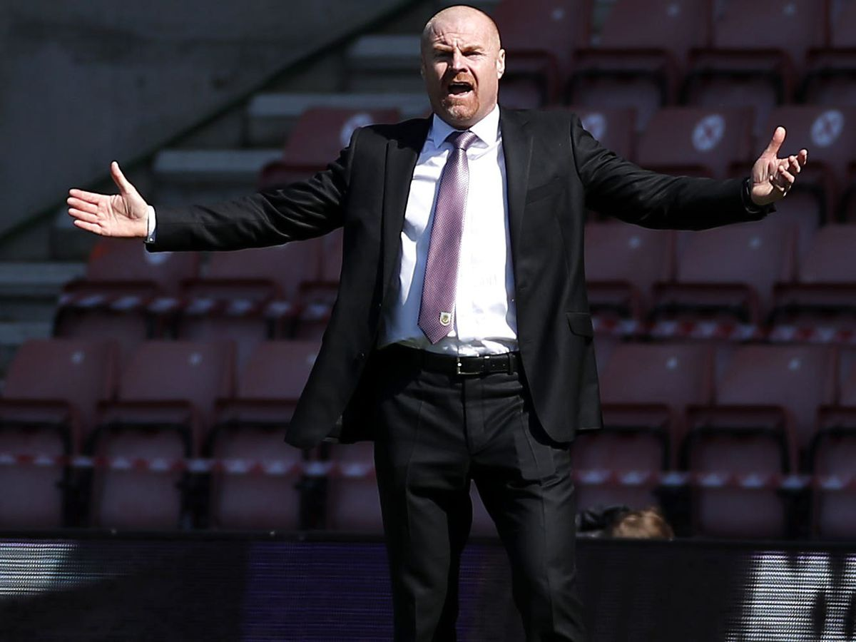 Burnley manager Sean Dyche felt his side should have had two second-half penalties in the 3-2 defeat at Southampton
