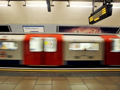 All Tube passengers to get 4G reception by mid-2020s, transport bosses say