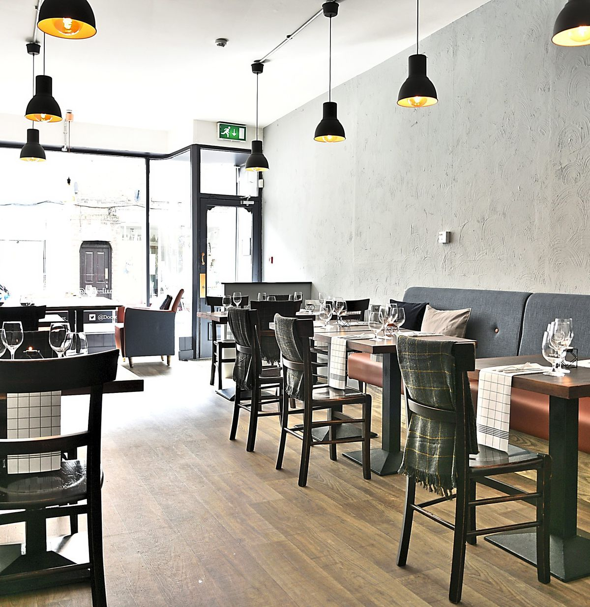 Smart casual – Docket No.33, Whitchurch