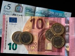 Holidaymakers stocking up on euros as Brexit looms