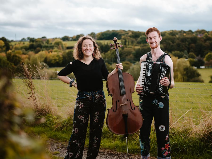 """Folk Duo """"Good Habits"""", Pete Shaw and partner Bonnie Schwarz, have recently returned home to Shrewsbury from nearly two years of being """"happily stranded"""" in New Zealand after the pandemic hit whilst they were on their debut international tour"""