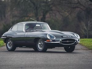 1961 Jaguar E-Type Series 1 Flat Floor Chassis #60