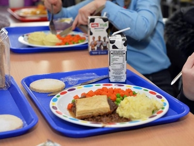 Council approves free school meals every day of the year