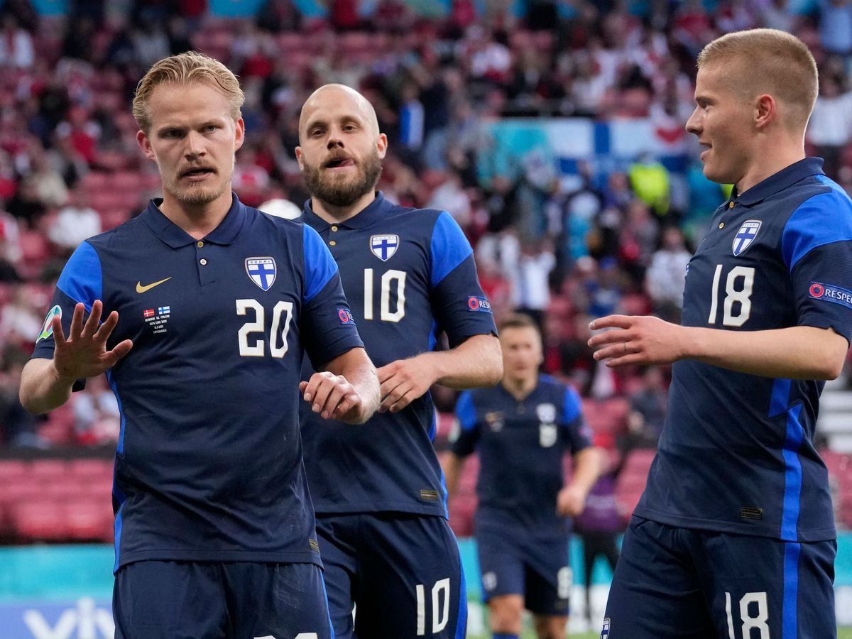 Joel Pohjanpalo (left) made the breakthrough for Finland in Copenhagen
