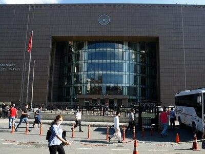 Five released from Turkish jail ahead of trial in Carlos Ghosn flight case