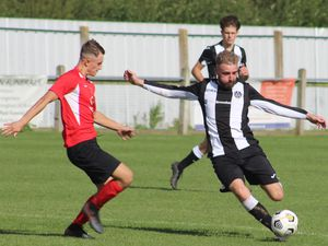 Match action (Photos: Stuart Townsend)