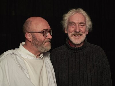 The world's oldest playwright? Gareth, 82, takes tour on the road in south Shropshire