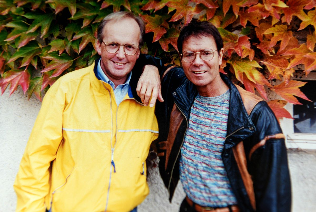 Dave Pope on a wine tour with Cliff Richard