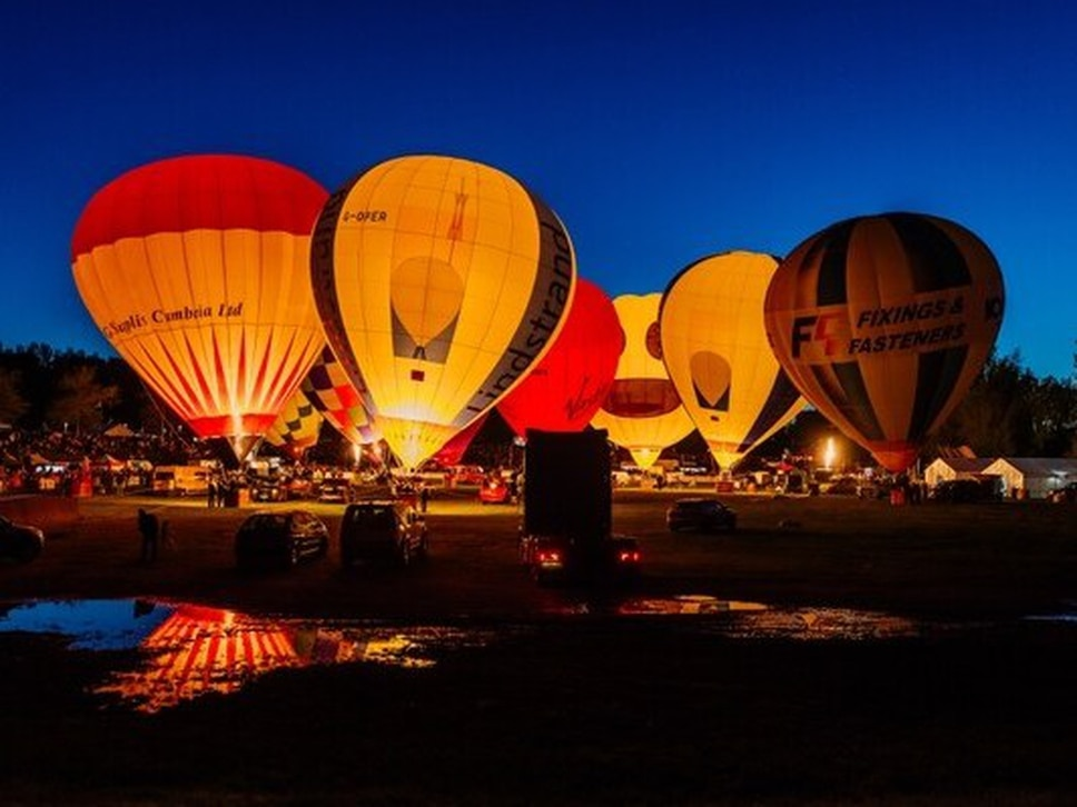 Oswestry Balloon Carnival lifts off