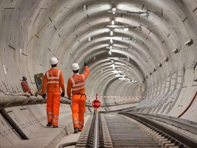 Crossrail steps back from autumn 2019 opening