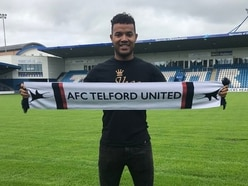 Dom Smith staying at AFC Telford