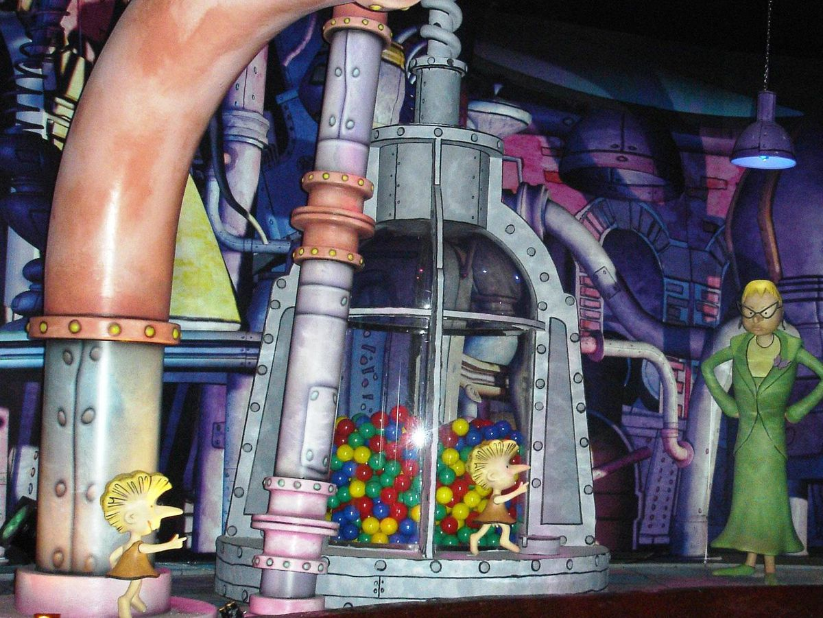 An on-ride image from the Charlie and the Chocolate Factory ride