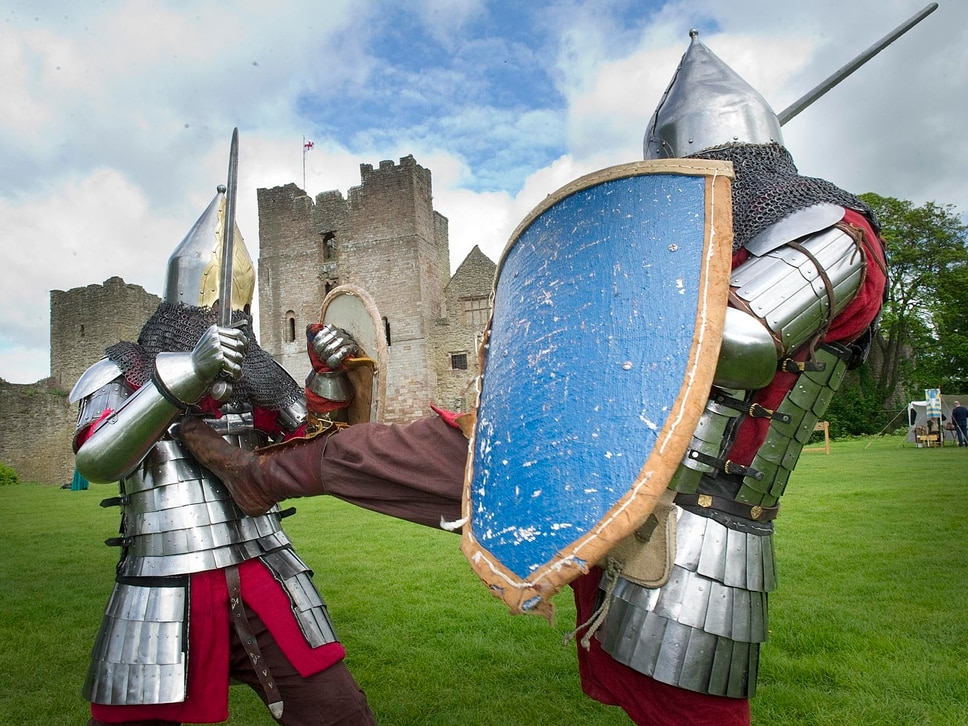 Fighting knights return to Ludlow Castle