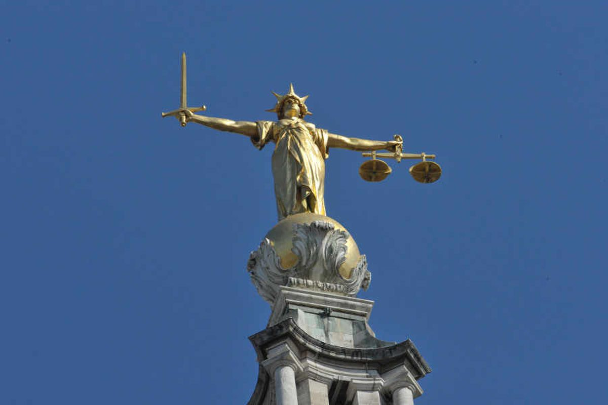 Welshpool woman gets suspended sentence for sex with 15-year-old schoolboy