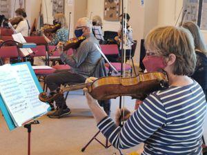 Shrewsbury Symphony Orchestra in rehearsals