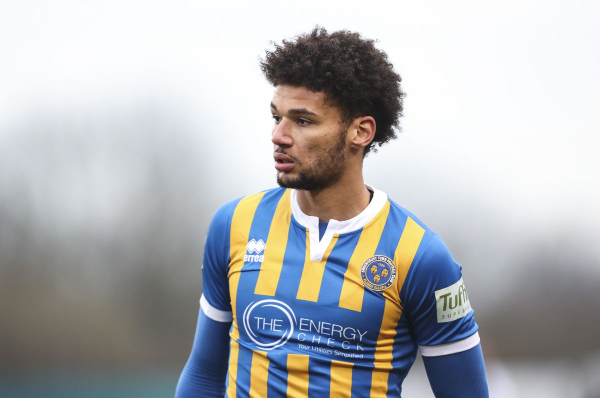 Heading for the exit? Lee Angol (AMA)