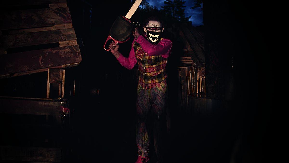 Freak Show: Toxic Junkyard