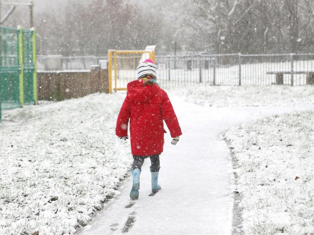 Snow to sweep over east of country as temperatures fall sharply