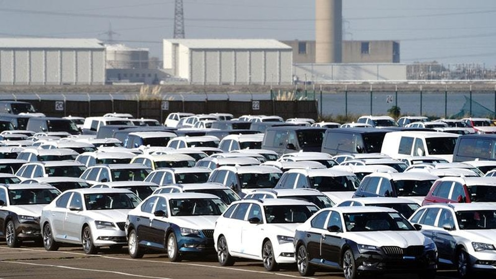 United Kingdom  auto  sales fall for eight month in a row - SMMT