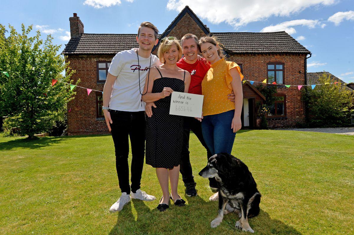 Sam, Jane Nigel and Jodie sold 550,000 tickets