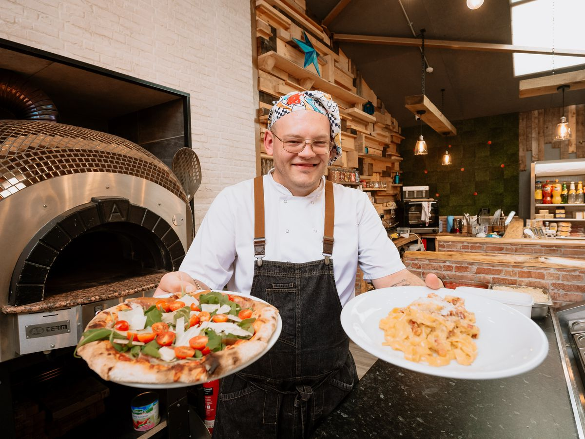 Ashlea Pools lodges in Craven Arms have recently opened up a cafe and Pizzeria on site which is now open to non-residents. In Picture: Mario Baciu