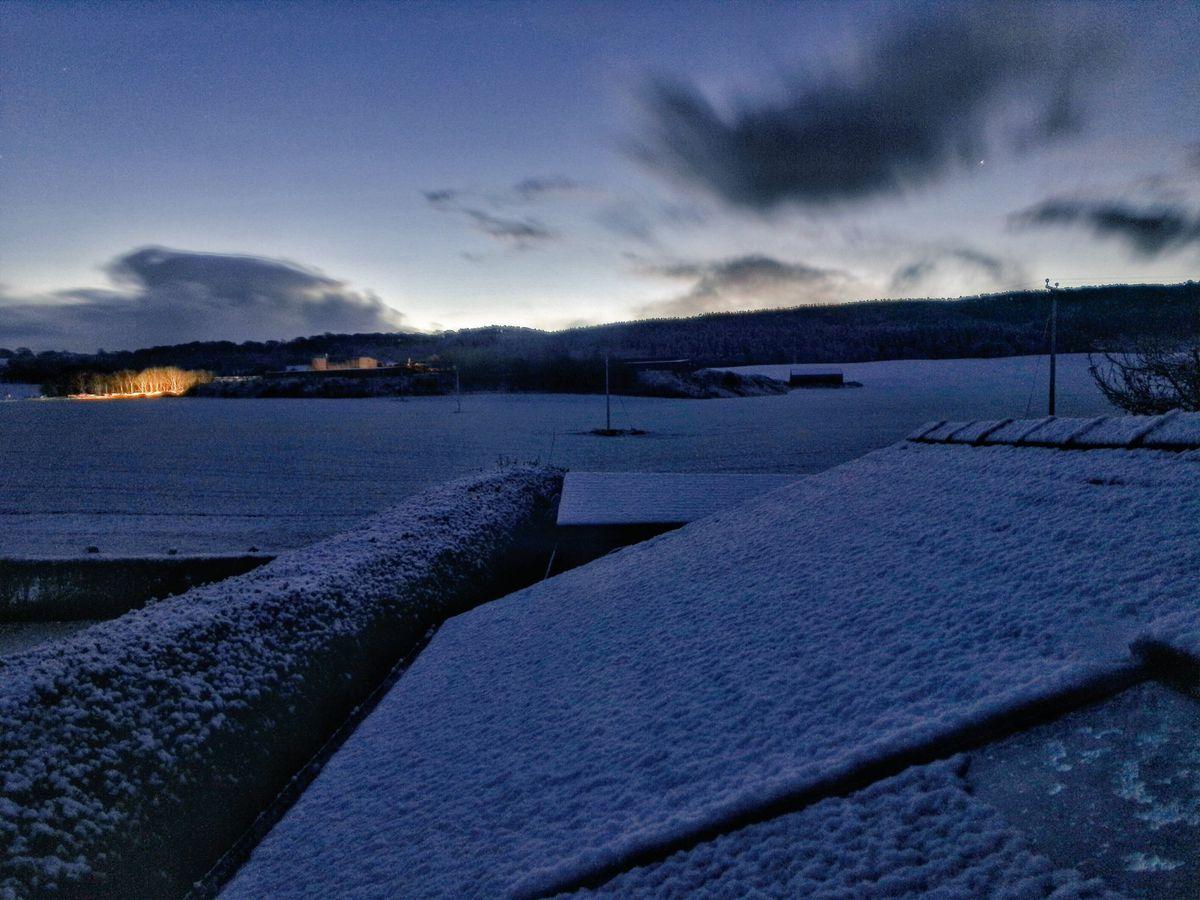 Snowy scene in Shropshire by @ShropshireWalks