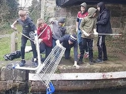 Young boxers clean up Welshpool canal