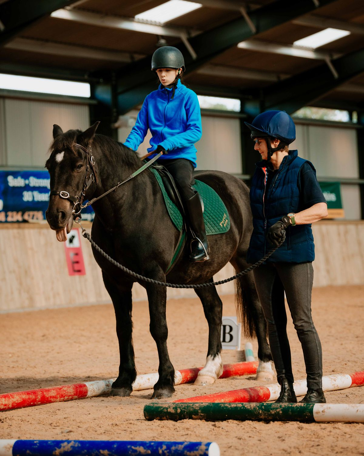 Jasmin Allen riding for Perry RDA on Star