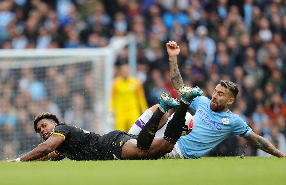 Adama Traore of Wolverhampton Wanderers and Nicolas Otamendi of Manchester City (AMA)