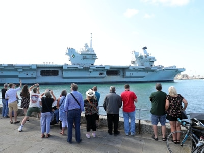 Sailing of Royal Navy aircraft carrier HMS Queen Elizabeth delayed again