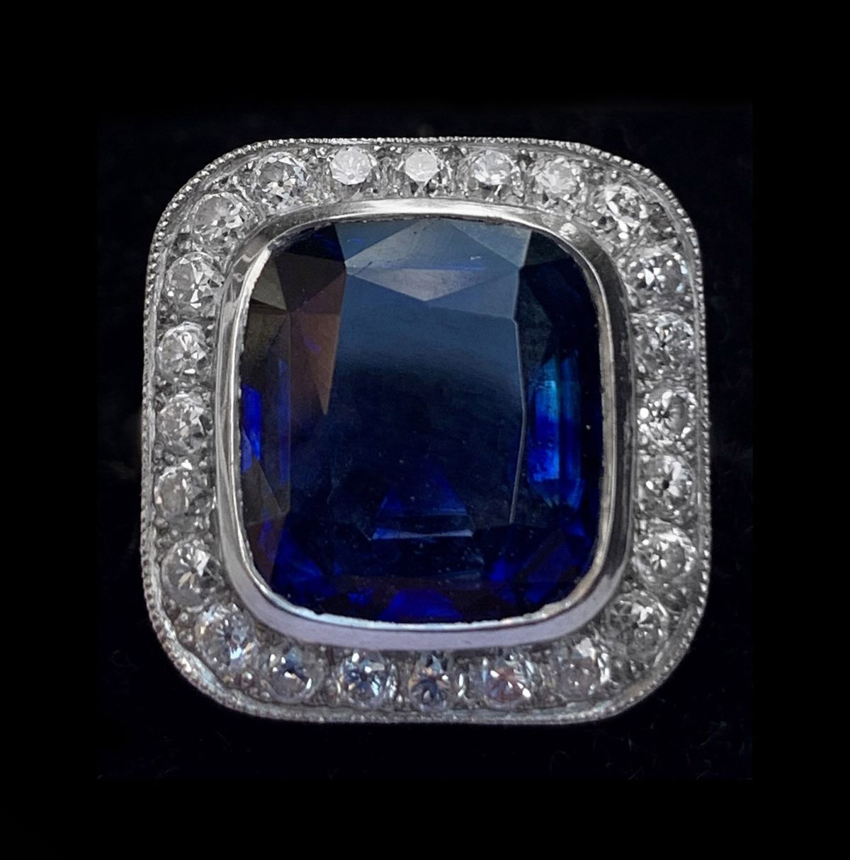 A sapphire and diamond ring which sold for more than £8,000