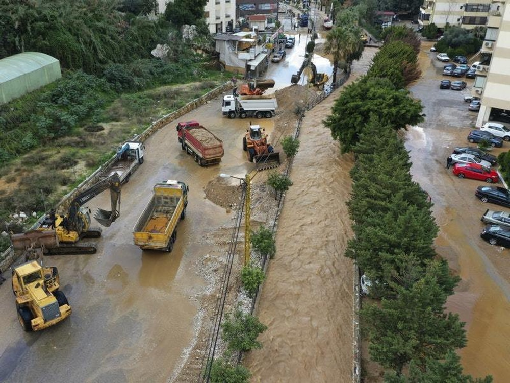 Devastation In Beirut This Is What It >> Storm Causes Death And Devastation In Lebanon Shropshire Star