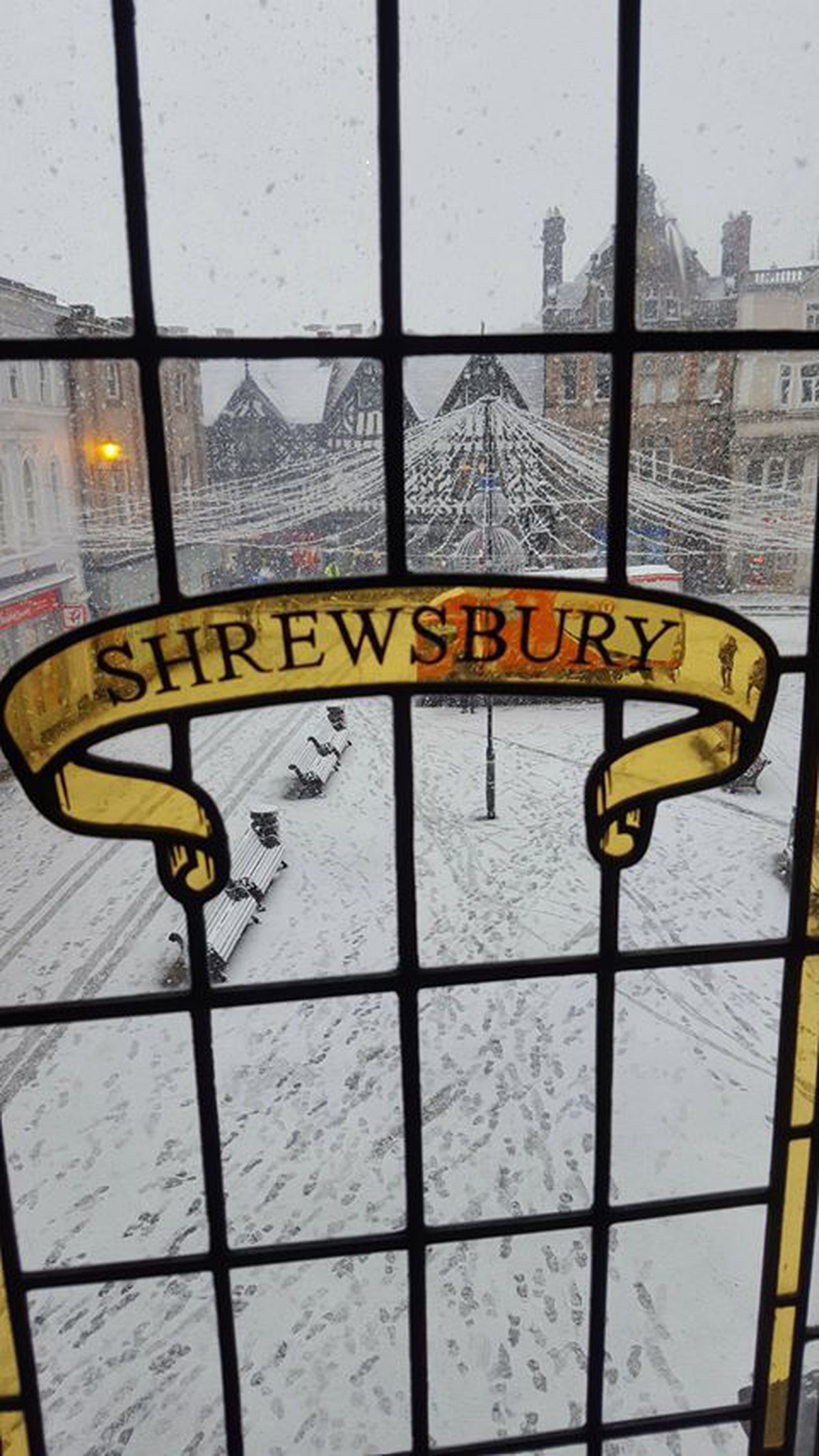 Snow in The Square, Shrewsbury. Photo: Oliver Turner