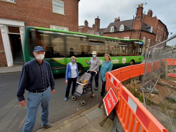 Shrewsbury residents call for 'dangerous' traffic diversion to end