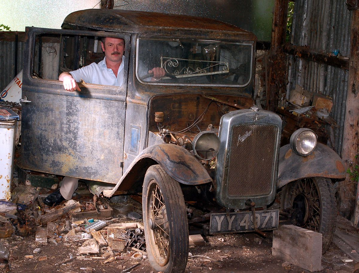 Flashback to 2008 when Dave vowed to restore his dad's car.