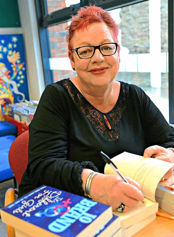Jo Brand entertains fans at Ludlow Library | Shropshire Star