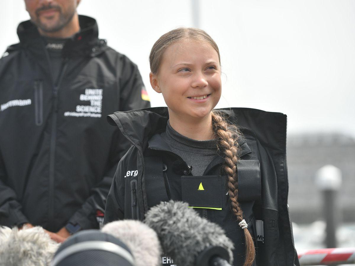 Greta Thunberg sails to the US