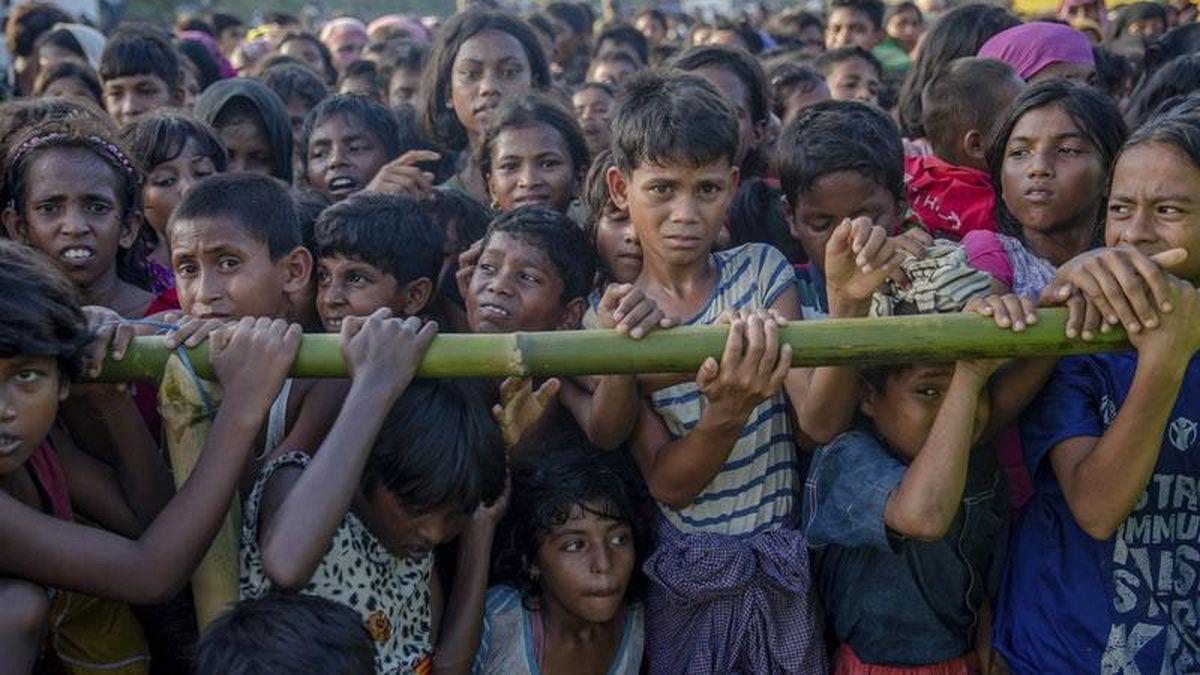 Rohingya Muslim children, who crossed over from Burma into Bangladesh