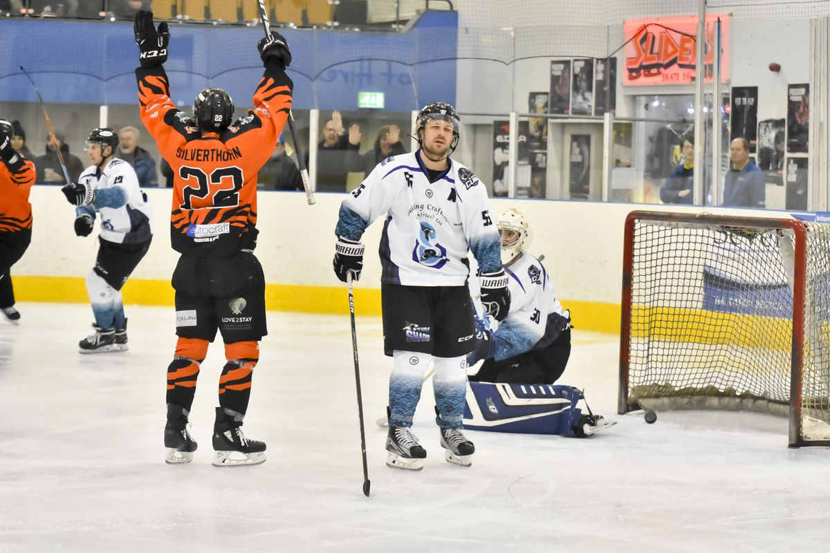 Jason Silverthorn scores Tigers 3rd goal