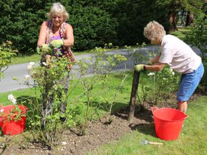 Gregynog Hall's Grade I listed gardens are enjoying a helping hand from local volunteers Yvette Etcell and Rachael Briggs.