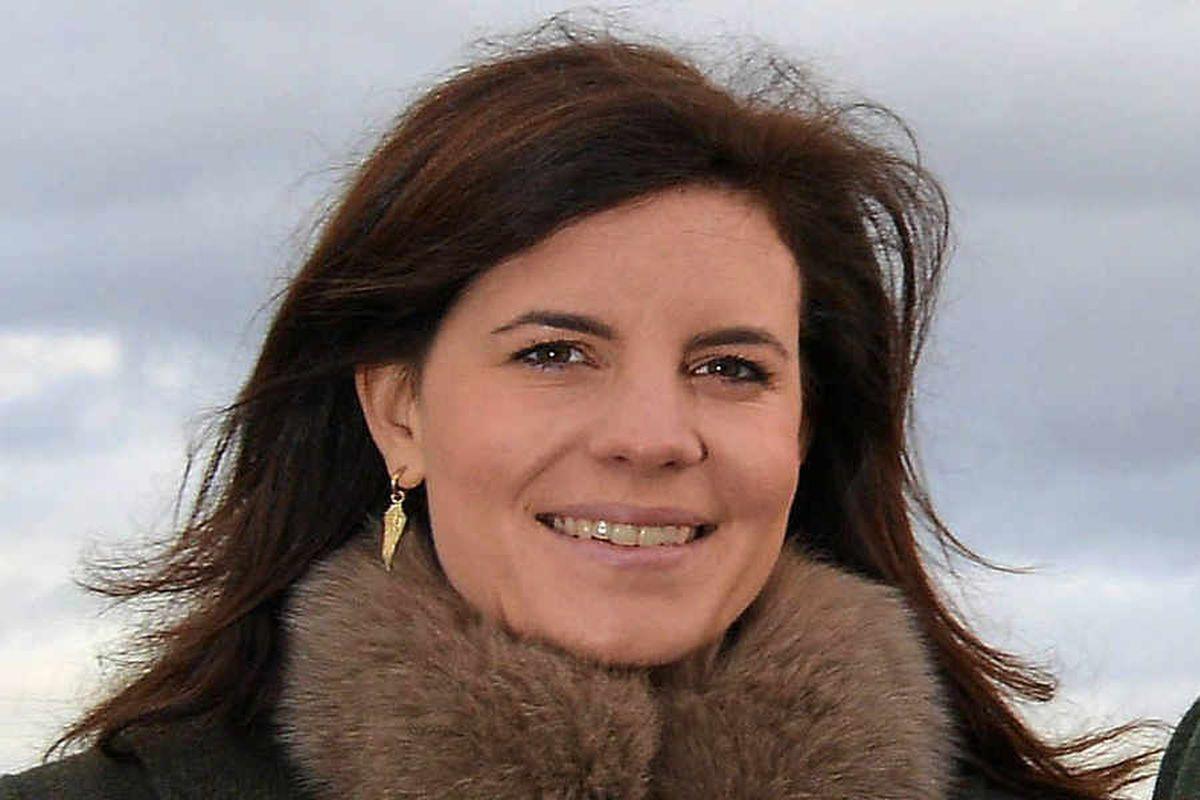 Lady Laura Cash