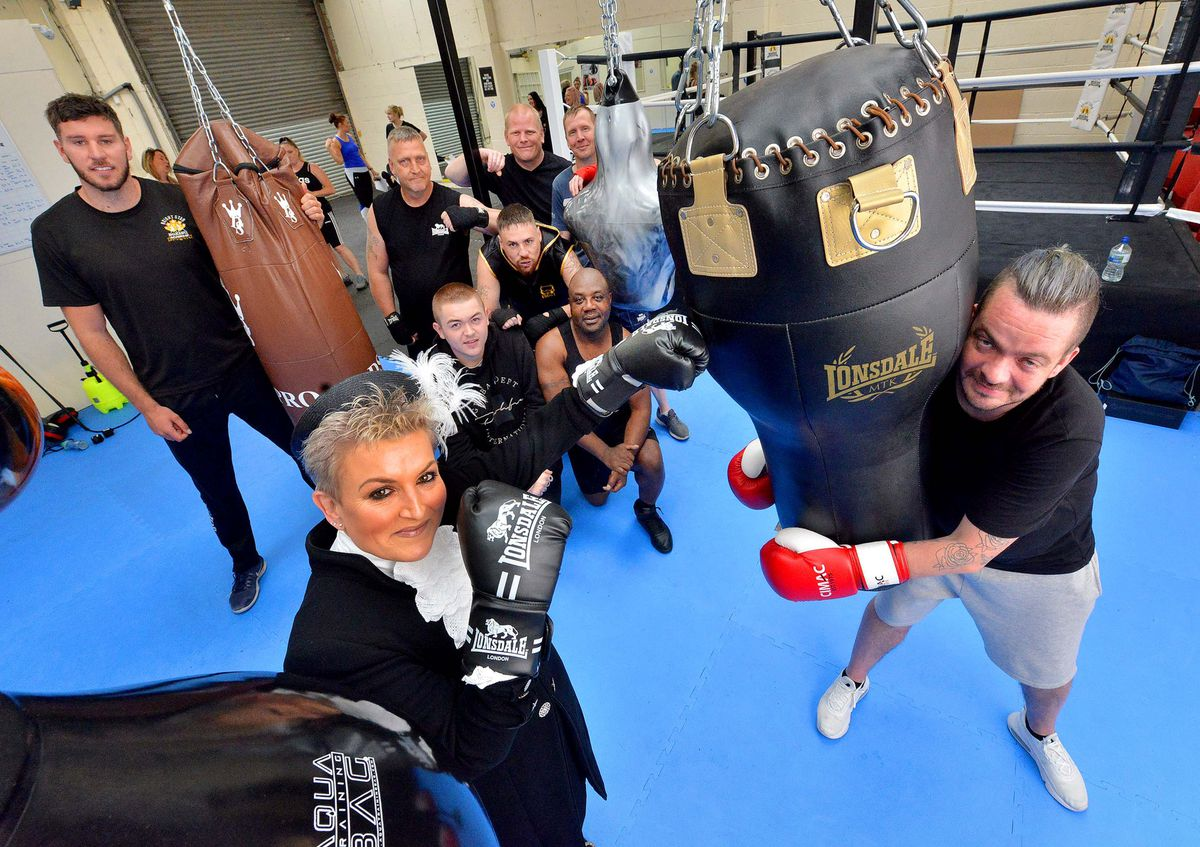 High Sheriff Dean Harris visited Bright Star Boxing Academy in Shifnal to present certificates to members who have just completed qualifications at the club.