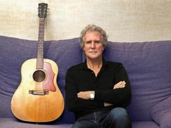 Dire Straits guitarist to appear in town